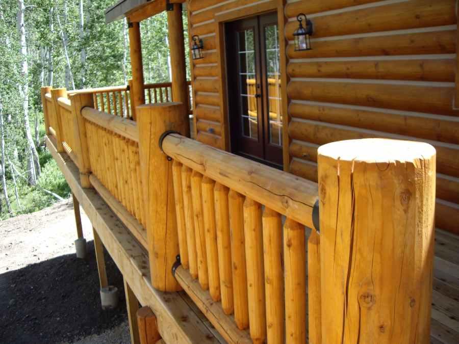 Custom Cabin Contractor Beaver Utah Exterior Deck