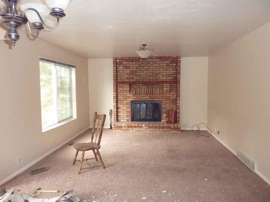 Orem Utah Home Living Room Remodel Before