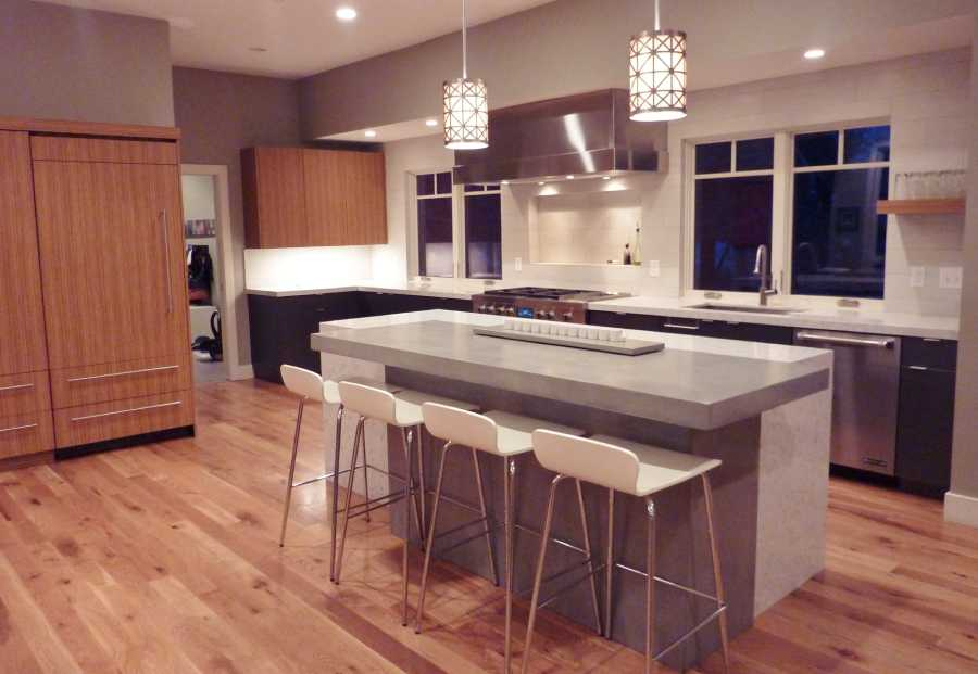 Oakwood Utah Custom Home Kitchen