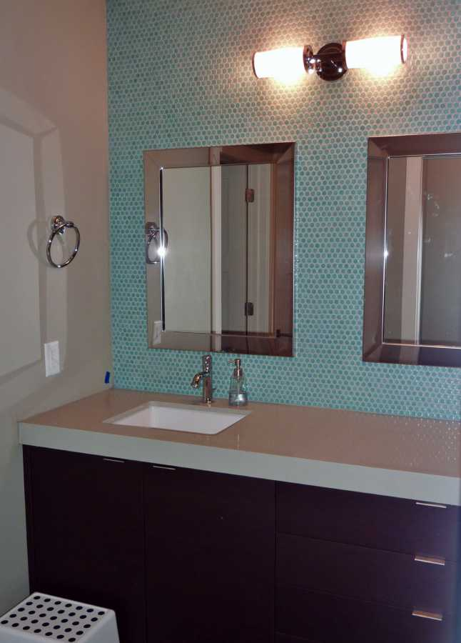 Oakwood Utah Custom Home Bathroom